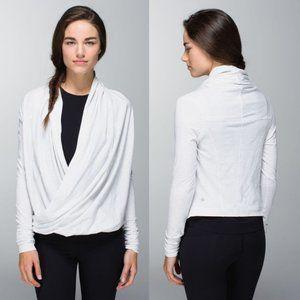 Lululemon Iconic Wrap Light Grey, Size 4